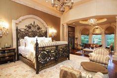 Tuscan design – Mediterranean Home Decor Dream Master Bedroom, Home Bedroom, Bedroom Decor, Master Bedrooms, Royal Bedroom, Bedroom Suites, Design Toscano, Tuscan House, Tuscan Decorating