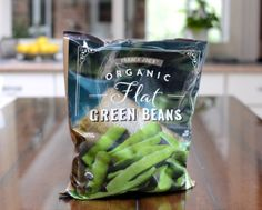 Trader Joe's Flat Green Beans, a product review ♥ A Veggie Venture. Low Carb Vegetables, Frozen Vegetables, Veggies, New Recipes, Snack Recipes, Easy Recipes, Sweet Pumpkin Seeds, Frozen Green Beans
