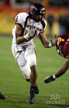 Joel O. Filani(born on December 8, 1983) is a formerAmerican footballwide receiver. He was drafted by the Tennessee Titans in the sixth round of the2007 NFL Draft. He played college footballat Texas Tech.
