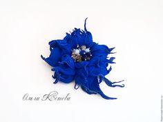 Купить Цветы из кожи Синий вечер брошь цветок из замши - синий, Ультрамарин, ярко синий