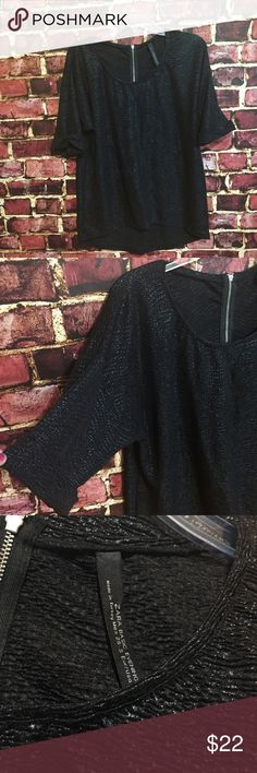 Sale!🔴ZARA BASIC EVENING black shimmery tunic top Size small. Dressy tunic blouse. Exposed rear zipper. Rolled sleeves. 100% polyester. EUC Zara Tops Tunics