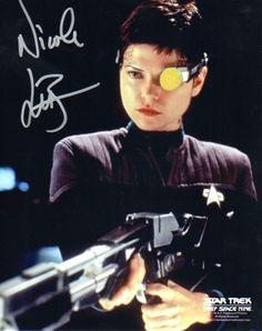 131 Best Nicole de Boer images | Nicole de boer, Star Trek ...