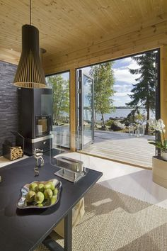 Modern log technology provides excellent opportunities for creating architecture in the Scandinavian style. Minimalistic log house designs are always in. Modern Architecture House, House Design, Home, Modern Architecture Design, Modern, Cottage Design, Log Homes, Modern Scandinavian Interior, Scandinavian Architecture