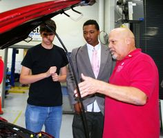 TCC industry partnerships benefit students in automotive and marine tehnology programs
