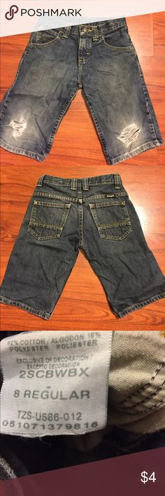 Distressed Wrangler Denim Jean Shorts Size 8 Reg Distressed Wrangler Denim Jean Shorts Size 8 Reg Wrangler Bottoms Shorts