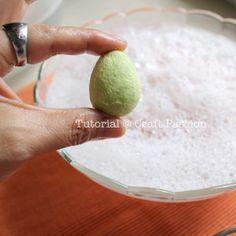 shape egg How to Wet felting Easter Eggs