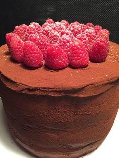 Ein Traum für jeden Schokoladenliebhaber. Die Kombination mit den fruchtigen Himbeeren ist einfach unschlagbar.