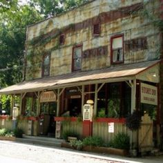 The Story Inn, Nashville, Indiana / my husband and I have romantic breakfasts here:)