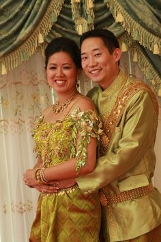 Traditional Cambodian (Khmer) Wedding Ceremonies include Sien Doan Taa- where the bride and groom pay homage to their ancestors