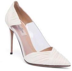 VALENTINO GARAVANI B-Drape Leather Point Toe Pumps #bridalshoes #wedding