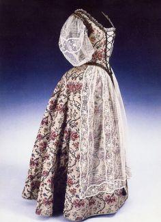 Hungarian dress designed by Klára Tüdős, ca. 1936