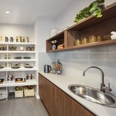 Consider this essential photo as well as look into the shown facts and strategies on Kitchen Decor Helps Kitchen Decor, Kitchen Ideas, Kitchen Pantry, Kitchen Inspiration, Urban Interior Design, Fancy Kitchens, Display Homes, Butler Pantry, Cabinet Styles