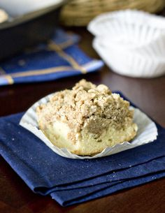 NY style coffee cake from Sweet Tooth blog