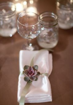 Love this simple table setting