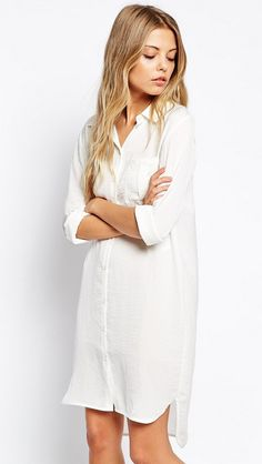 New in at Luna Azul. White shirt dress // the most versatile item in your wardrobe