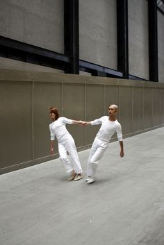 Trisha Brown - Leaning Duets (Tate Modern, London, 2010)