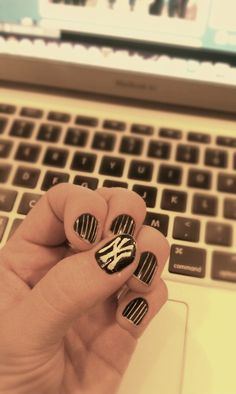 My Yankee Nails!