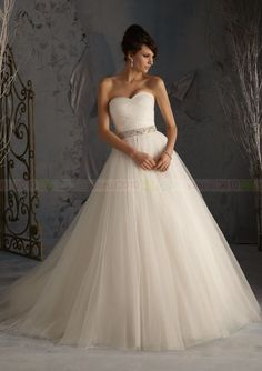 New Simple Design Custom White/Ivory Tulle Beading A-Line Princess Wedding Dress