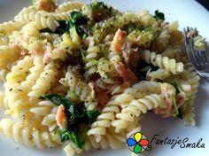 Świderki z cukinią, łososiem, szpinakiem i piniolami http://fantazjesmaku.weebly.com/346widerki-z-cukini261-322ososiem-szpinakiem-i-piniolami.html