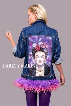 "Handpainted denim jacket ""FRIDA"" for MADONNA you can shop at www.dariaymaria.com #modalisboa #lisbonfashionweek #lisbonfashion #streetstylelisboa #jacketfrida #lisboa #fashionweek #italy #london #frida #fridakahlo #фрида #фридакало #курткафрида #курткасфридой #dariaymaria"