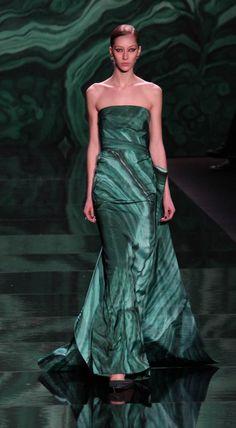 Monique Lhuillier Fall 2013~Emerald Green