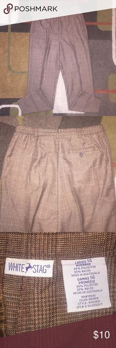Women's White Stag size 14 pants Like new condition.  No rips or stains.  Pet and smoke free home.  (M) White Stag Pants Trousers