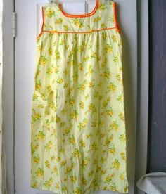 Vintage House Dress Summertime Housedress by VintagePlusCrafts, $10.00