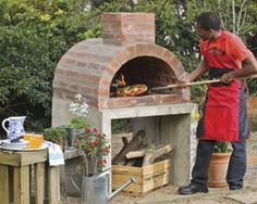 DIY Brick Pizza Oven Instructions – DIY Outdoor Pizza Oven Ideas Projects Related posts:Honey and lime chicken skewers with potato spaghettiHerb butter spelled Zupfbrot- must not be missing for grillingGrill Trends 2019 Oven Diy, Diy Pizza Oven, Pizza Oven Outdoor, Outdoor Cooking, Brick Oven Outdoor, Diy Grill, Bbq Diy, Build A Pizza Oven, Brick Oven Pizza