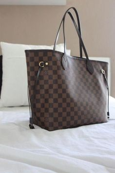 c2777e8205c0 2018 New Louis Vuitton Handbags Collection for Women Fashion Bags   Louisvuittonhandbags Must have it Hermes