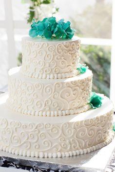 Wedding Cake at the Villa  #wedding #weddingcake #videoexpressproductions