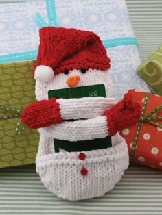 Free knitting pattern for Snow Man Gift Card Holder Cozy and more gift wrap knitting patterns