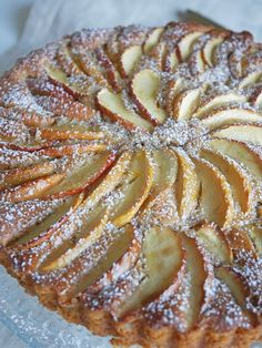 Mandelkaka med äpple och kanel | Brinken bakar Apple Recipes, Raw Food Recipes, Baking Recipes, Cake Recipes, Dessert Recipes, Sweet Cooking, Cookie Desserts, Everyday Food, No Bake Cake