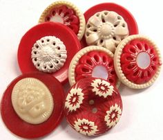 VINTAGE Buttons RED and WHiTE