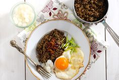 Čočka na kyselo –tipy, jak nerozvarit a zachovat barrvu Food Photo, Food And Drink, Eggs, Vegetarian, Beef, Cooking, Breakfast, Ethnic Recipes, Kitchens