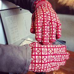 Kate Davis Designs: Sanquhar Handschuhe