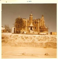 Wonderful old photo of the WDW Mansion under construction, circa 1970-71.