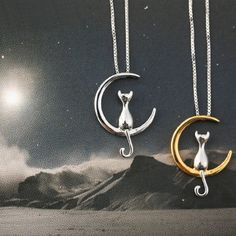 Trendy Cat Moon Pendant Necklace Charm Silver Gold Link Chain Necklace for Women - Cat Jewelry - Ideas of Cat Jewelry Cat Necklace, Moon Necklace, Necklace Types, Pendant Necklace, Necklace Charm, Chain Necklaces, Simple Necklace, Pearl Pendant, Cat Jewelry