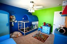 Toy Story Toddler Bedroom room with Ikea furniture Diy Toddler Bed, Boy Toddler Bedroom, Kids Bedroom Sets, Boys Bedroom Decor, Toddler Rooms, Baby Bedroom, Baby Boy Rooms, Bedroom Ideas, Bed Ideas