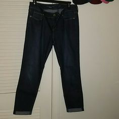 Like new skinny ankle cuff Jean's Like new worn once skinny ankle cuff Jean's from the Limited The Limited Jeans Skinny