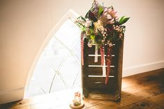 Winter colours inspired shoot with a beautiful Protea bouquet. Flowers by LIly & May.