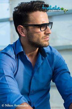 Νικόλας Greek Music, Shakeology, Pilot, Mens Sunglasses, My Love, Celebrities, Womens Fashion, Singers, Greece