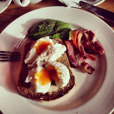 Tom's Kitchen, Canary Wharf, London Always a good brunch at Tom's, affordable too. Lunches and dinners get a little pricier but the food is worth the dosh Lamb Shoulder, Fish Salad, Snack Bar, Hot Pot, Fish Dishes, Lunches And Dinners, Deli, Soul Food, Food Inspiration