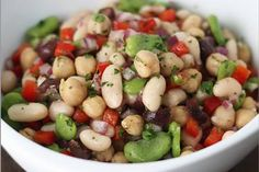 Mediterranean bean salad... Pretty picture - though my recipe is different.