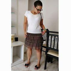 Estava conferindo se o look estava todo certinho, sabe nada fora do lugar.......#lookdodia #lookoftheday #lookbook #outfit #mystyle #style #streetstyle #fashion #fashioninspiration #fashionblogger #fashiondiaries #modicesinspira #ascariocasby #hannahisthenewglitter #gfactorgram #soubgs #olhaeuzaxy #tumblr #blogueirascariocas #tumblrgirl #th3nkp1nk #blogueirasdeniteroi #mylook #blogger #basic