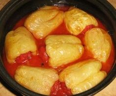 Insane Peppers Stuffed with Meat – Romanian Food – Traditional Romanian Recipes The post Peppers Stuffed with Meat – Romanian Food – Traditional Romanian Recipes… appeared first on Amas Recipes . Russian Recipes, Turkish Recipes, Romanian Recipes, Scottish Recipes, Ethnic Recipes, Romanian Food Traditional, Thanksgiving Recipes, Holiday Recipes, Romania Food