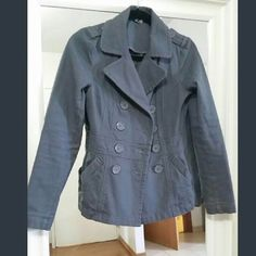 H&M lightweight cotton blazer size 6 Grey casual blazer that is very figure flattering. H&M size 6 is like a 2/4 I believe. Worn a few times.  Cotton and stretch. H&M Jackets & Coats Blazers