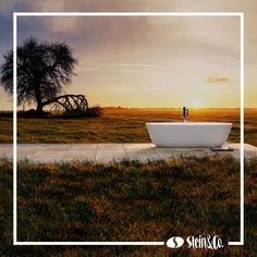 """Für entspannendes Urlaubsfeeling müssen Sie sich keine Badewanne in die Savanne stellen 😉 Ihre eigene Wohlfühloase genügt dafür vollkommen 🏡  Im neuen Blogbeitrag laden wir Sie ein, nach Hause """"zu verreisen"""" und Urlaub in Ihrem persönlichen Paradies zu machen. Bathtub, Blog, Bath Tube, Paradise, Seasons Of The Year, Vacation, Summer, Standing Bath, Bathtubs"""