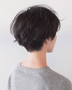 You do things… Asian Short Hair, Girl Short Hair, Short Curly Hair, Short Hair Cuts, Curly Hair Styles, Tomboy Hairstyles, Pretty Hairstyles, Cut My Hair, Her Hair