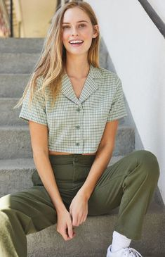 Take preppy style pointers from John Galt and the must-have Gingham Top. Available in a gingham print, this top is complete with short sleeves, button-down front, and a cropped fit. Look Fashion, 90s Fashion, Korean Fashion, Fashion Outfits, Fashion Trends, Cool Outfits, Casual Outfits, Summer Outfits, Girly Outfits