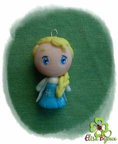 Polymer charm Elsa, porcelana fria frozen